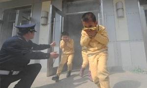 Cách thoát khỏi đám cháy trẻ cần biết