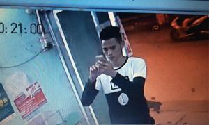 Chủ cửa hàng bị 'hotboy' trộm điện thoại khi mắng con
