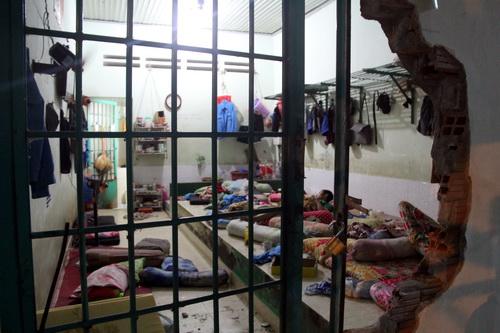 Một phòng được cho là quá tải ở cơ sở cai nghiện Xuân Phú. Ảnh: Phước Tuấn