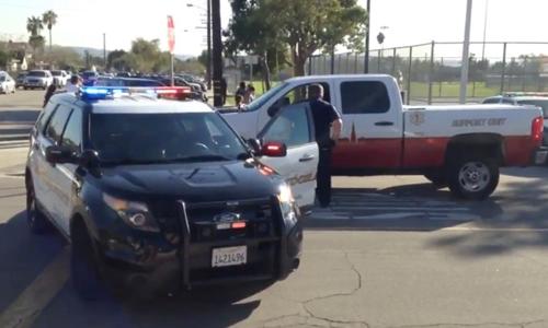 Cảnh sát Mỹ phong tỏa địa điểm bỏ phiếu ở California. Ảnh: New York Post.