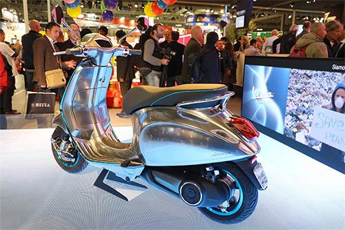 elettrica-2017-scooter-dien-dau-tien-cua-vespa-4