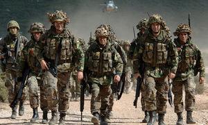 Cựu quan chức NATO chê quân đội chung châu Âu là 'hổ giấy'
