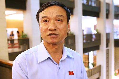 nhieu-dai-bieu-chua-hai-longphan-tra-loi-chat-van-bo-truong-cong-thuong-1
