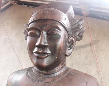 cach-lam-nhut-chi-quan-tham-cua-vua-minh-mang