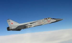 Xạ thủ ngủ gật, phi công MiG-31 vẫn bắn hạ 4 mục tiêu