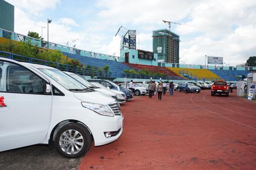 Hơn 150 xe đang được trưng bày tại sự kiện - Sân Vận Động Quân Khu 7