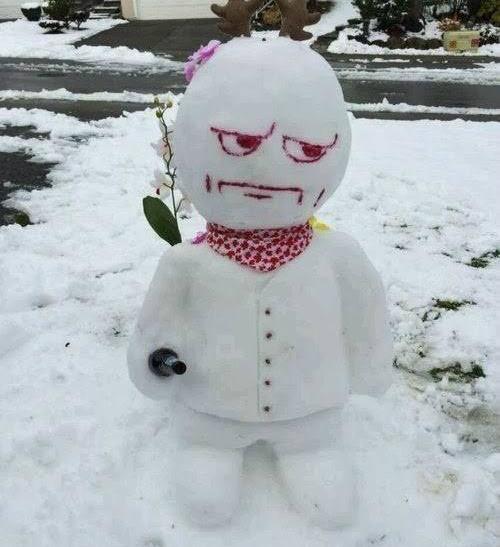 Người tuyết nghiêm túc.