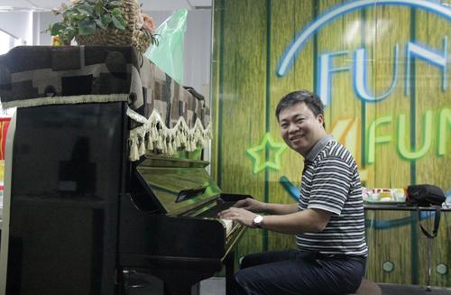 thầy Cảnh là giảng viên được nhiều học viên của các chương trình thạc sĩ Quản trị kinh doanh MBA