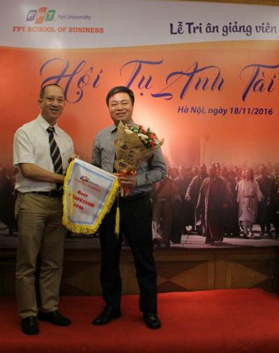 Thầy Cảnh là giảng viên được nhiều học viên của các chương trình thạc sĩ Quản trị kinh doanh MBA tại FSB.