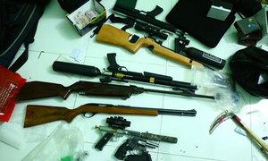 Kho súng đạn trong căn nhà của người đàn ông
