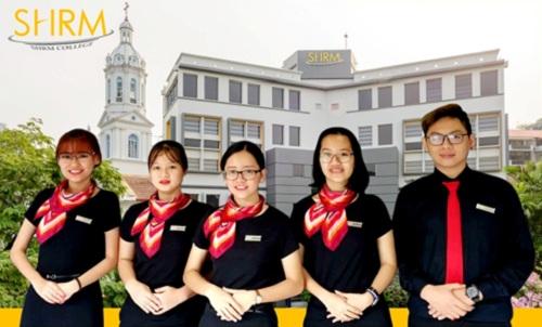 du-hoc-nganh-quan-ly-du-lich-khach-san-tai-shrm-college-singapore-1