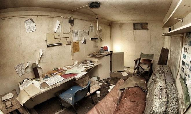 Bên trong hầm trú ẩn của lính tình nguyện cảnh báo hạt nhân Anh