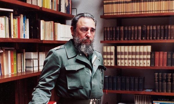 Ông Fidel Castro tại phủ chủ tịch ở thủ đô Havana năm 1985. Ảnh: AP.