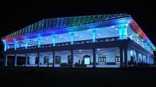 Tòa nhà được đặt tên làPragathi Bhavan,có chi phí xây dựng 7,3 triệu USD. Ảnh:K Chandrashekhar Rao