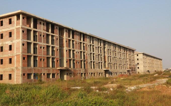 Dự án ký túc xá trên 800 tỷ đồng bỏ hoang