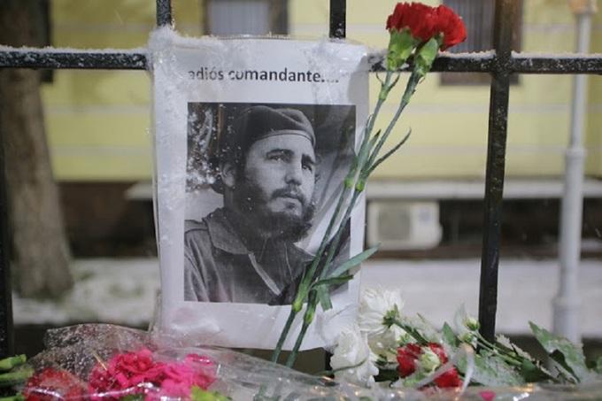 Người dân thế giới tưởng niệm Fidel Castro