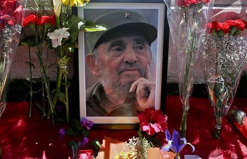 Di ảnh Fidel Castro. Ảnh: