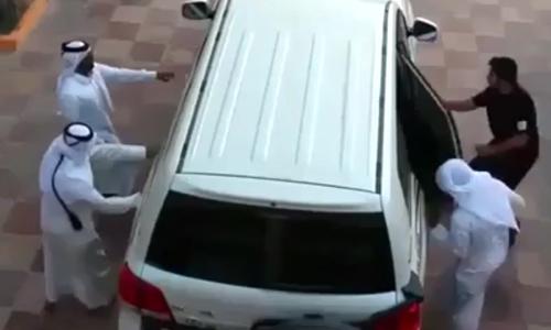 nguoi-dep-khien-chang-trai-gap-nan-vi-nhan-sac-boc-lua-2