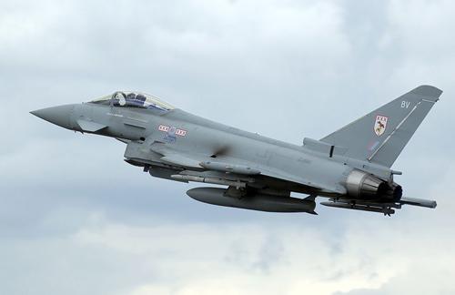 Chiến đấu cơTyphoon của Không quân Anh. Ảnh: Wikipedia