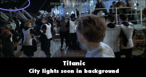 Giá như khoảnh khắc đấy có người phát hiện ánh đèn này hẳn cả đoàn tàu đã bình an vô sự.