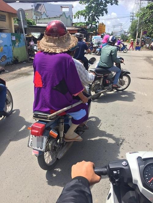 Hồng Thất Công sang Việt Nam.