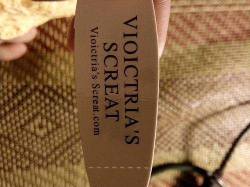 Nhãn hàng sinh đôi của Victorias Secret.
