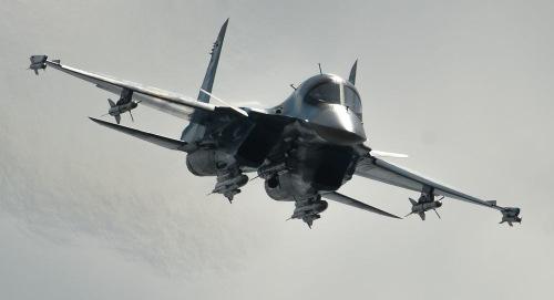 xe-tang-bay-su-34-nga-duoc-gan-ten-lua-radar-toi-tan