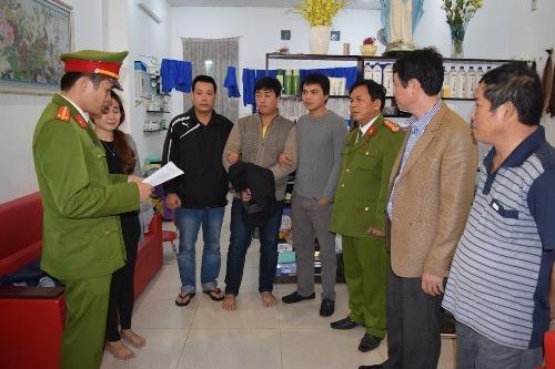 ke-cuop-ngan-hang-lay-duoc-725-trieu-dong-chi-la-an-may