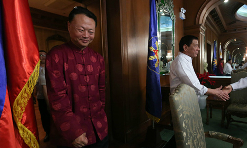 BOOSTING TIES. Chinese Ambassador to the Philippines Zhao Jianhua stands near Philippine President Rodrigo Duterte for a meeting in Malacanang on December 19, 2016. Photo by Robinson Ninal/Presidential Photo