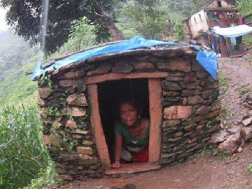 thieu-nu-nepal-chet-vi-hu-tuc-khi-toi-ky-kinh-nguyet