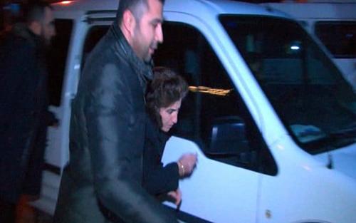 Cha mẹ và chị gái củaAltintas đều đang bị giam giữ. Ảnh: Barcroft