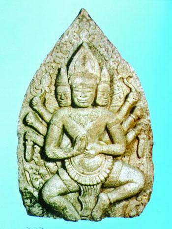 Phù điêu thần Brahma.