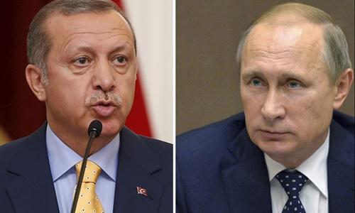 Tổng thống Thổ Nhĩ Kỳ Tayyip Erdogan (trái) và người đồng cấp Nga Vladimir Putin. Ảnh: Reuters.