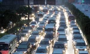 Khách Tây dùng một từ mô tả về kẹt xe ở Sài Gòn