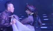 Hari Won - Trấn Thành nhảy tại tiệc cưới
