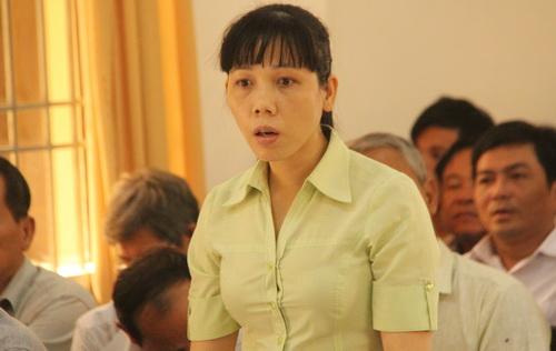 Bà Ngọc cho rằng không đồng ý với cáo trạng truy tố vì nhiều người đập phá chứ không phải 5 người. Ảnh: Phước Tuấn