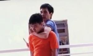 Kẻ kề dao khống chế nam sinh bị bắt như thế nào