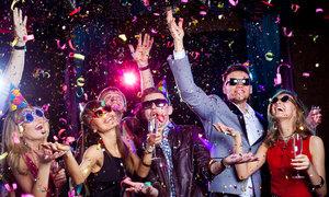 Người dân trên khắp thế giới nói chúc mừng năm mới