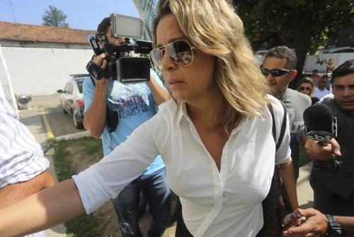 Bà Francoise de Souza Oliveira, vợ đại sứ Hy Lạp tại Brazil. Ảnh: AP.