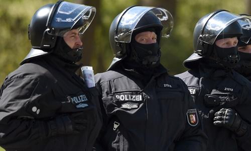 Cảnh sát Đức. Ảnh: Reuters.