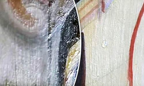 tranh-duc-me-dong-trinh-nho-nuoc-mat-hai-lan-lien-tiep-1
