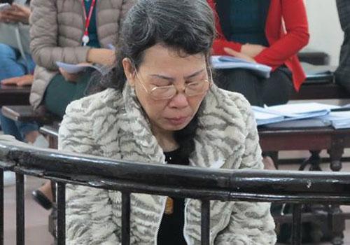 nu-doanh-nhan-dung-giay-to-khong-vay-ngan-hang-20-ty-dong