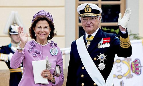 Quốc vươngCarl XVI Gustaf và Hoàng hậuSilvia