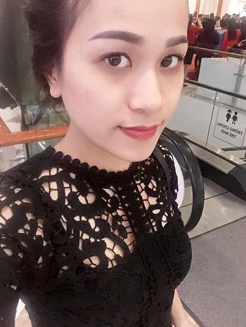 co-giao-day-cach-su-dung-bao-cao-su-thu-hut-cong-dong