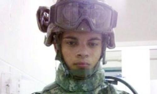 Esteban Santiago, cựu binh Mỹ tại Iraq. Ảnh: Guardian
