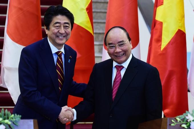 Hai ngày thăm Việt Nam của Thủ tướng Nhật và phu nhân