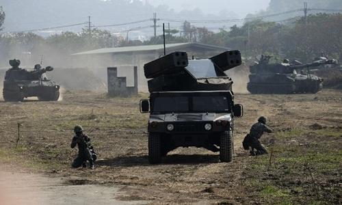 Binh sĩ Đài Loan tập trận. Ảnh: AFP