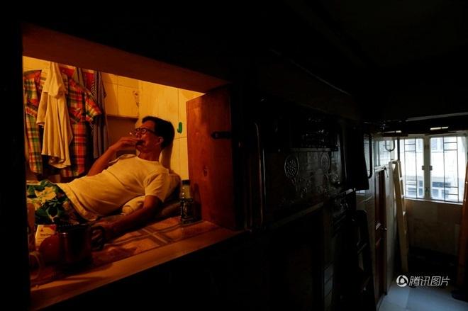 Nhà 'vỏ ốc', nhà 'quan tài', nhà 'lồng thép' ở Hong Kong