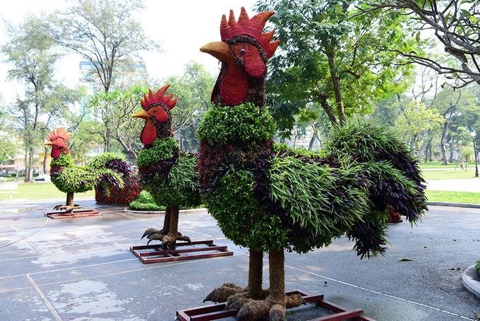 12 con giáp khổng lồ bằng cây xanh ở Hà Nội