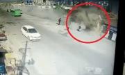 Xe tải lao như tên lửa san phẳng 3 ngôi nhà, 4 người thiệt mạng